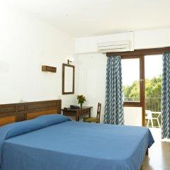 Отель Hostal Condemar комната для гостей