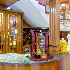 Отель MiMi Ho Guesthouse гостиничный бар