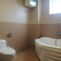 Отель Crown Hotel Вьетнам, Хюэ - отзывы, цены и фото номеров - забронировать отель Crown Hotel онлайн ванная