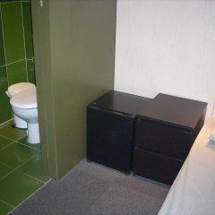 Barcelona Urbany Hostel Стандартный номер с различными типами кроватей фото 7