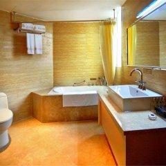 Отель Louis Hotel Zhongshan Китай, Чжуншань - отзывы, цены и фото номеров - забронировать отель Louis Hotel Zhongshan онлайн ванная фото 2