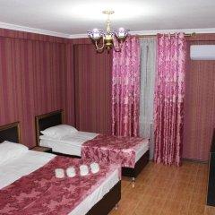 Гостиница Usadba Dobrogo Doctora Guest House сейф в номере