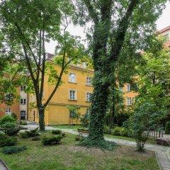 Отель Baker Street Польша, Варшава - отзывы, цены и фото номеров - забронировать отель Baker Street онлайн парковка