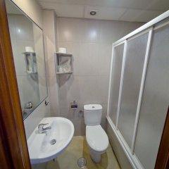 Отель Hostal La Muralla Стандартный номер с различными типами кроватей фото 4