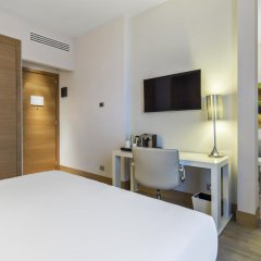 Отель NH Milano Touring 4* Люкс разные типы кроватей фото 8