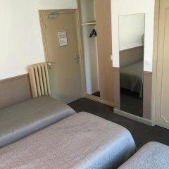 Отель Hôtel Acanthe 2* Стандартный номер с различными типами кроватей фото 4