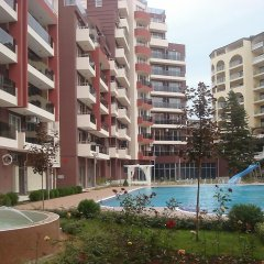 Отель Admiral Plaza Holiday Apartments Болгария, Солнечный берег - отзывы, цены и фото номеров - забронировать отель Admiral Plaza Holiday Apartments онлайн бассейн