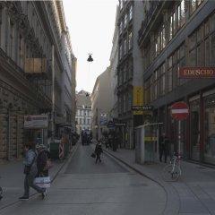 Апартаменты Heart of Vienna - Apartments городской автобус