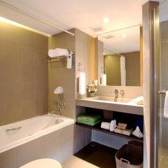 Patong Beach Hotel 4* Улучшенный номер с различными типами кроватей фото 2