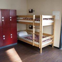 wombat's CITY HOSTEL - Berlin Кровать в общем номере с двухъярусной кроватью
