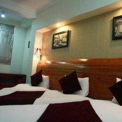 B & B Hanoi Hotel & Travel 3* Стандартный семейный номер с двуспальной кроватью фото 7
