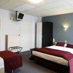 Отель Montovani Брюгге сейф в номере