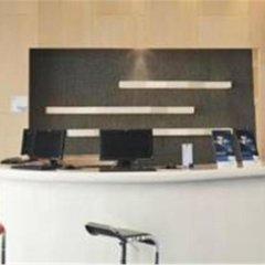 Отель Holiday Inn Express Shanghai New Hongqiao удобства в номере