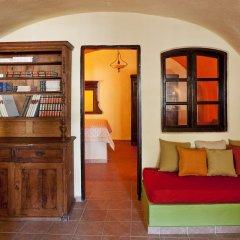Отель Lava Suites and Lounge развлечения