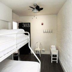 HighRoad Hostel DC Стандартный номер с двуспальной кроватью (общая ванная комната) фото 3