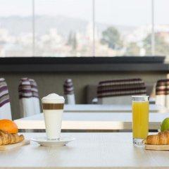 Отель Old Meidan Tbilisi Грузия, Тбилиси - 1 отзыв об отеле, цены и фото номеров - забронировать отель Old Meidan Tbilisi онлайн питание