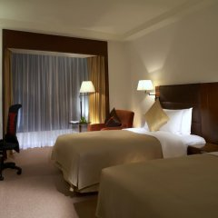 Shangri-la Hotel, Shenzhen 5* Улучшенный номер с различными типами кроватей фото 5