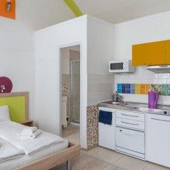 Отель Amber Gardenview Studios Студия с различными типами кроватей фото 15