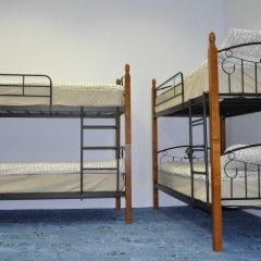 Славянка хостел Кровать в мужском общем номере с двухъярусными кроватями фото 5