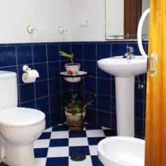 Отель Casa De Aldea La Fuentona ванная фото 2