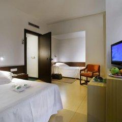 Hotel Gourmet Empordà 4* Стандартный семейный номер разные типы кроватей фото 3