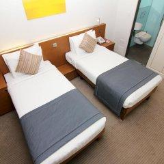 Отель Ambassadors Bloomsbury 4* Стандартный номер с 2 отдельными кроватями фото 4