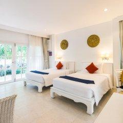 Отель Laksasubha Hua Hin 4* Стандартный номер с различными типами кроватей фото 3