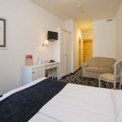 Отель Меритон Олд Тaун Гарден 3* Полулюкс с разными типами кроватей фото 2