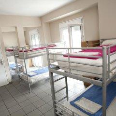 Отель Athens Backpackers Кровать в общем номере с двухъярусной кроватью фото 6