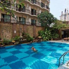 Отель Bella Villa Prima Hotel Таиланд, Паттайя - отзывы, цены и фото номеров - забронировать отель Bella Villa Prima Hotel онлайн бассейн