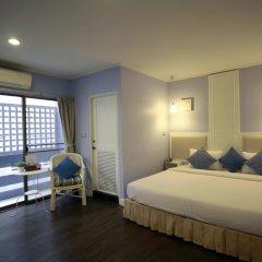 Hotel Alley 3* Улучшенный номер с двуспальной кроватью фото 11