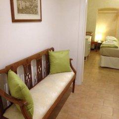 Отель Piazzetta del Mercato Генуя комната для гостей фото 2