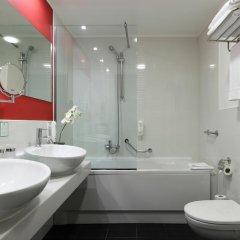 Отель Holiday Inn Genoa City 4* Стандартный номер с разными типами кроватей фото 5