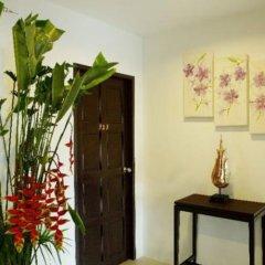Отель Baan Oui Phuket Guest House интерьер отеля фото 3