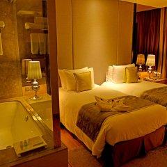Отель Radisson Blu Jaipur 4* Улучшенный номер с двуспальной кроватью фото 2