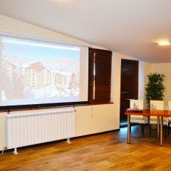 Отель Forest Nook Aparthotel Болгария, Пампорово - отзывы, цены и фото номеров - забронировать отель Forest Nook Aparthotel онлайн комната для гостей