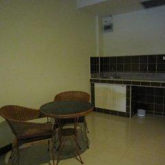 Отель Jomtien Morningstar Guesthouse 2* Стандартный семейный номер с двуспальной кроватью фото 7