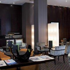 Отель Holiday Inn London Kensington Forum 4* Представительский номер с различными типами кроватей фото 8