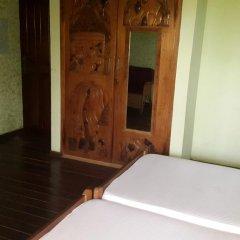 Отель Almond Tree Guest House 3* Стандартный номер с 2 отдельными кроватями фото 3
