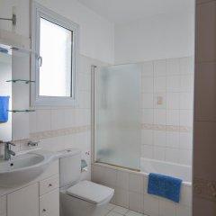 Отель Halle Villa Кипр, Протарас - отзывы, цены и фото номеров - забронировать отель Halle Villa онлайн ванная фото 2
