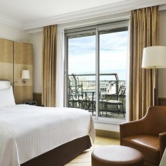 Paris Marriott Champs Elysees Hotel Париж комната для гостей фото 2