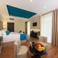 Гостиница Голубая Лагуна Люкс с двуспальной кроватью