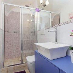 Отель Romantique Apartment Италия, Рим - отзывы, цены и фото номеров - забронировать отель Romantique Apartment онлайн ванная