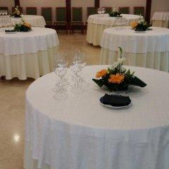 Отель Serantes Hotel Испания, Эль-Грове - отзывы, цены и фото номеров - забронировать отель Serantes Hotel онлайн помещение для мероприятий