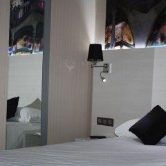 Отель Hostal Bcn Ramblas Стандартный номер с 2 отдельными кроватями фото 5