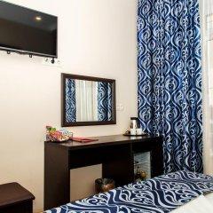 Гостиница Мартон Рокоссовского Улучшенный номер с двуспальной кроватью фото 6