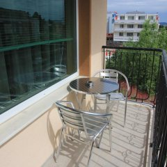 Отель Villa Brigantina Болгария, Солнечный берег - 1 отзыв об отеле, цены и фото номеров - забронировать отель Villa Brigantina онлайн балкон