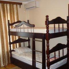 Хостел Центральный Кровать в общем номере с двухъярусной кроватью фото 4