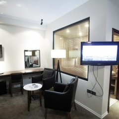Отель Цитадель Нарикала 4* Улучшенный номер двуспальная кровать фото 7