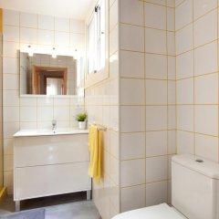 Отель LetsGo Sagrada Familia Penthouse Барселона ванная фото 2